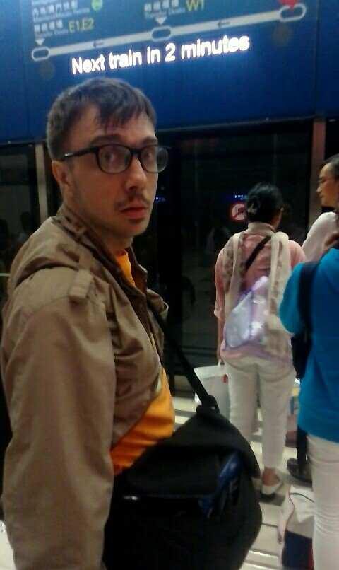 Hongkong Airport_Haltom Family (21)