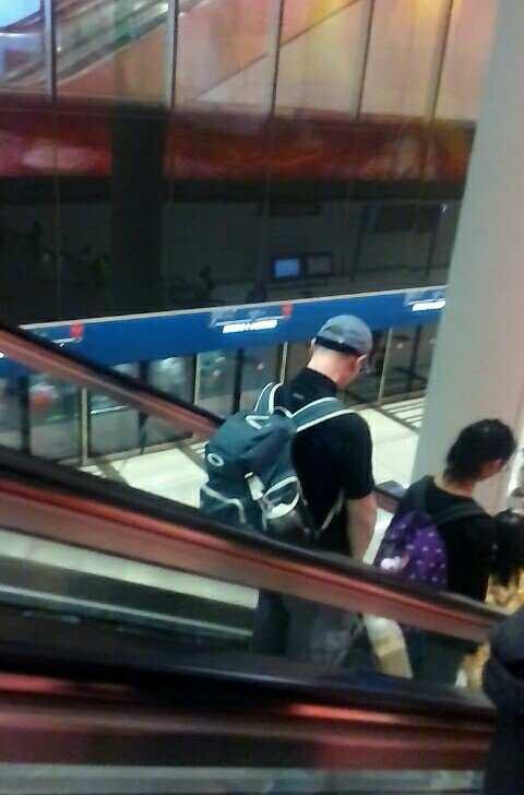 Hongkong Airport_Haltom Family (22)